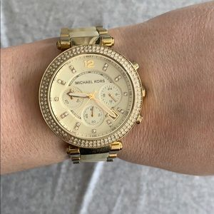 Gold michael kors watch with box and extra links